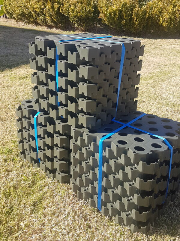 3 packs of Grass Cell turf Pavers